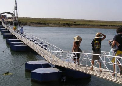 Floating bridge - Barril